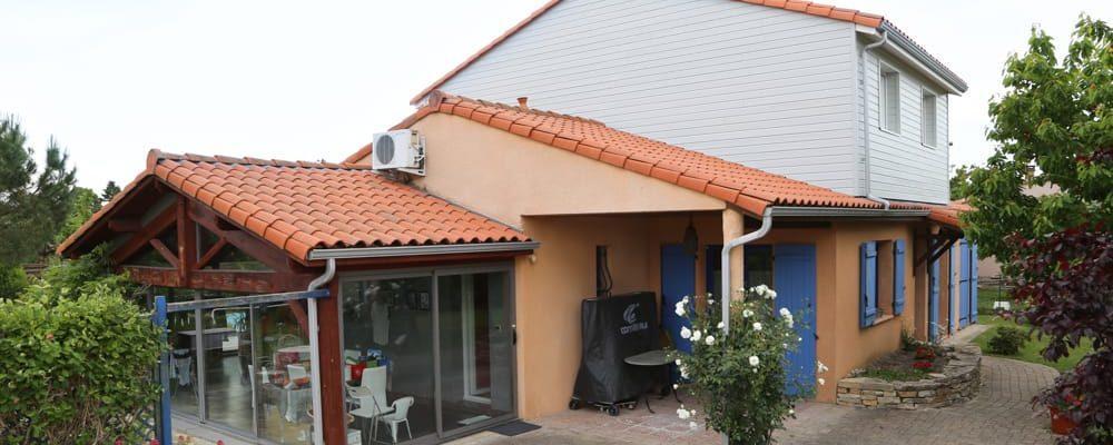 Agrandir sa maison par la surélévation de toiture - Élévation Toiture